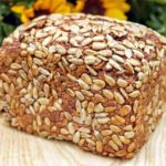 pain fait par une machine à pain moulinex uno